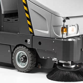 Total Steel fully reinforced sweepers line