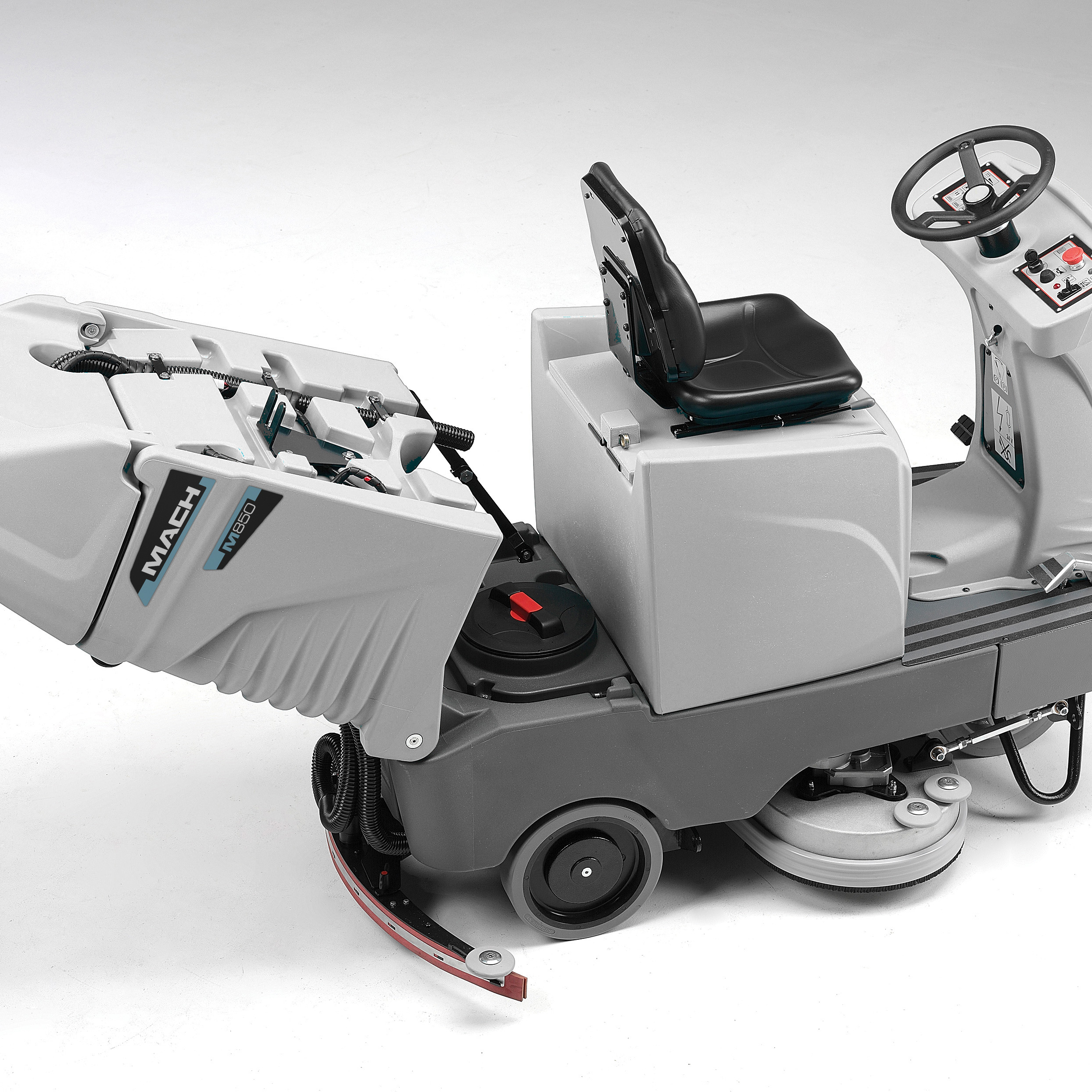 MACH M830 RIDE ON SCRUBBER WITH HIGH CAPACITY SOLUTION TANK MAXIMISES UP TIME