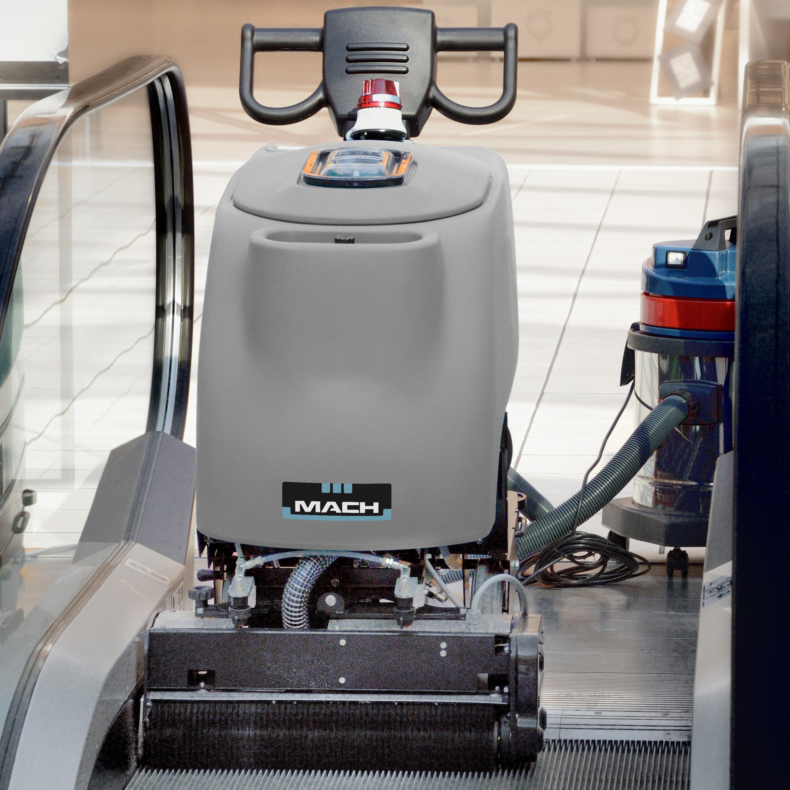 WORK AUTOMATICALLY MC510 ON SITE ESCALATOR & TRAVELATOR DEEP CLEANER