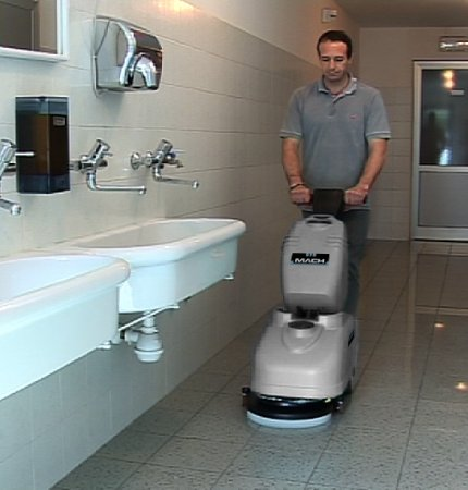 CLEAN BATHROOMS AND PUBLIC AREAS WITH THE M360, COMPACT AND MANEUVERABLE
